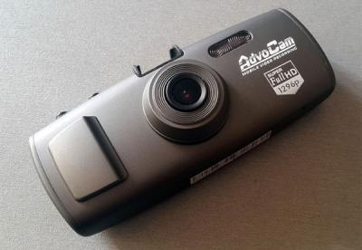 Фиксировать общение с сотрудником ГИБДД можно с помощьб видеорегистратора, камеры или диктофона