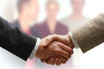При подписании дополнительных договоров можно расширить количество страховых случаев по ОСАГО
