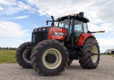 Специальные категории водительских прав позволяют водить гусеничный и внедорожный транспорт