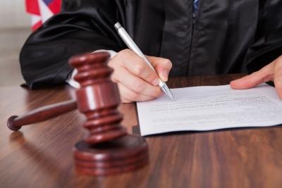 Если обе стороны аварии - без страховки ОСАГО, дело передается в суд