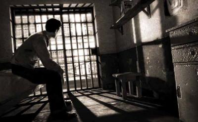 Если во время вождения без ремня безопасности попасть в ДТП с причинением вреда людям, может грозить тюремное заключение до 7 лет