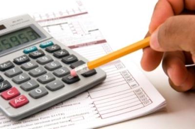 Юридические лица обязаны заполнять декларацию по транспортному налогу