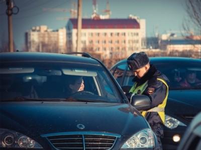 Как правильно вести разговор с ДПС в случае остановки автомобиля?