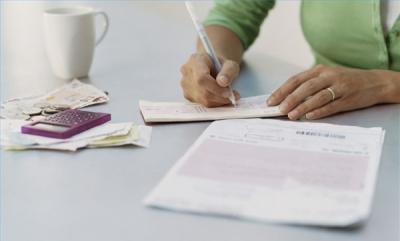 Обращение в страховую компанию после ДТП: сроки, документы и порядок заполнения извещения