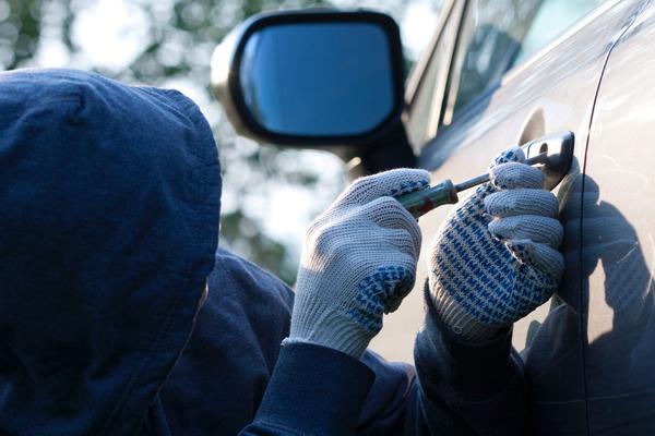 Действия при угоне автомобиля: порядок действий, покупка угнанной машины